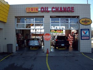 10 minute oil change at Mr. Muffler