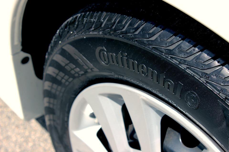 Tire-Mr. Muffler