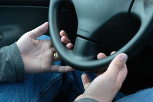 keeping calm avoid road rage while driving